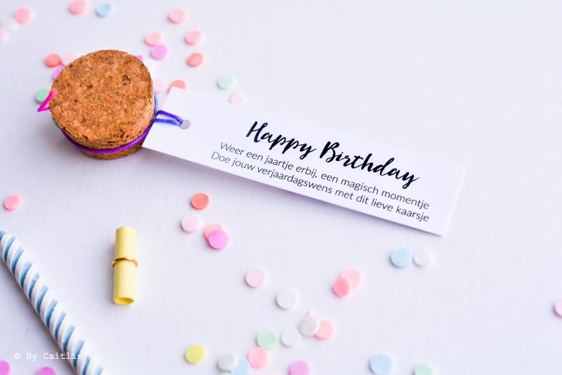 Happy Birthday flesjes alternatief voor wenskaart